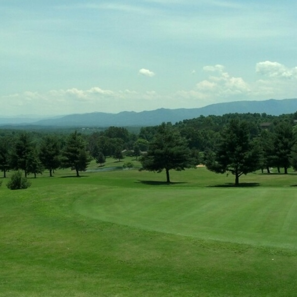 Dandridge Golf and Country Club in Dandridge TN in Jefferson County TN in East Tennessee